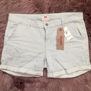 ☀️ Levi's Shorts ☀️